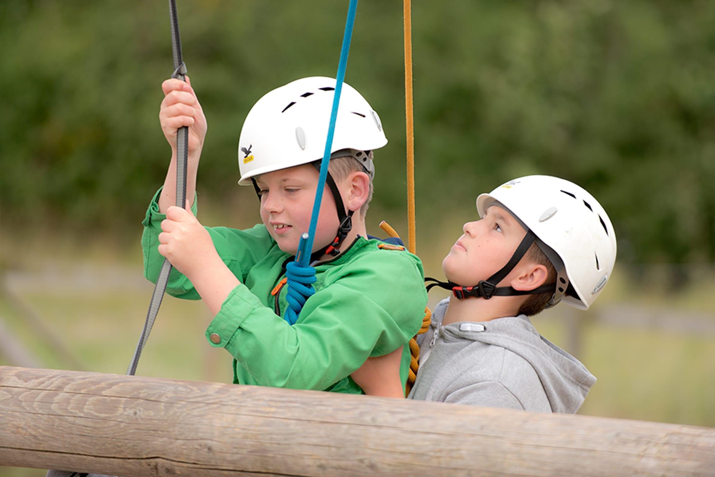 YHA Summer Camps - Rope Climbing