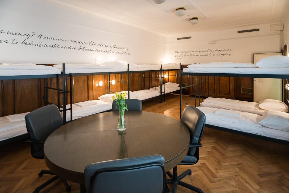 Hostel Tresor (2)