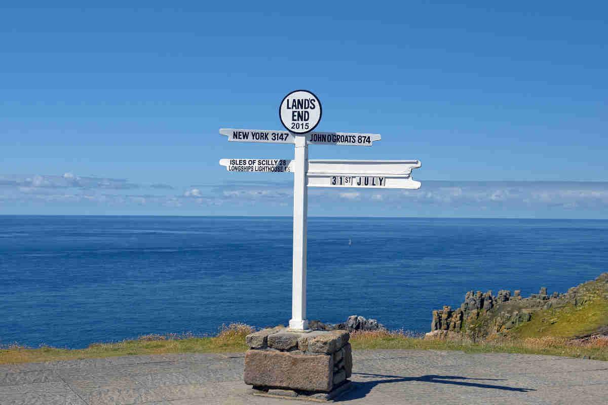 distance signpost at Land's End, Penwith Peninsula, Cornwall, En