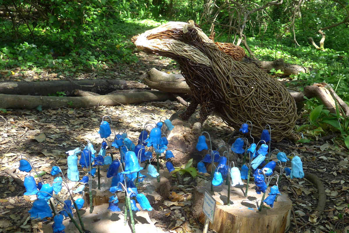 blue flowers and animal sculpture